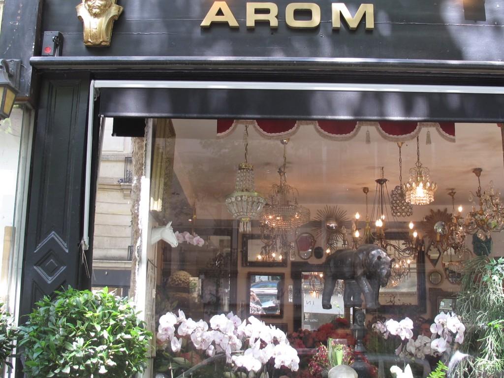 Arom Storefront1